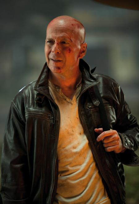 Bruce Willis, inimitable John McClane.